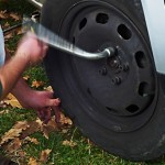 Changing Tire 1 150x150 How to Change a Car Tire