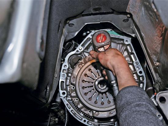 The Correct Way to Replace a Clutch The Correct Way to Replace a Clutch