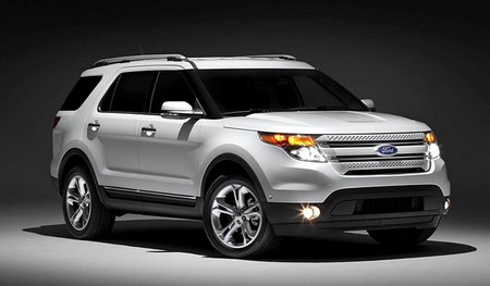 2011 Ford Explorer 2011 Ford Explorer vs. 2011 Jeep Grand Cherokee