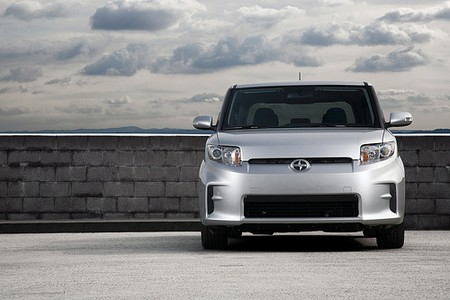 2011 SCION xB 2011 SCION xB