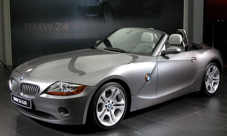 BMW Z4 version Looking at the BMW Z4 version