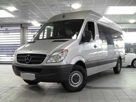 New 2011 Mercedes Benz Sprinter 1 The New 2011 Mercedes Benz Sprinter